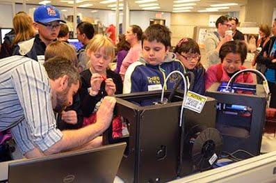 Isaac demonstrates 3D printing